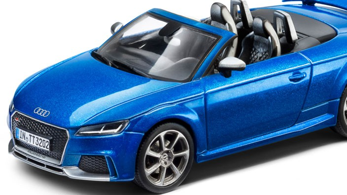 audi tt rs 8s roadster modellauto 1 43 arablau. Black Bedroom Furniture Sets. Home Design Ideas