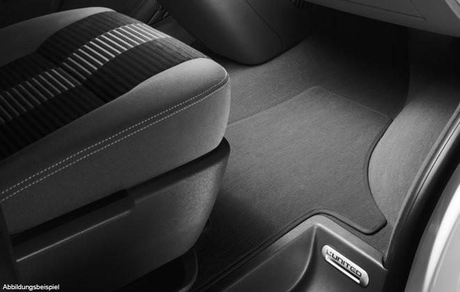 Original VW Multivan T5 Textilfußmatte Stoffmatte Premium 2. Sitzreihe