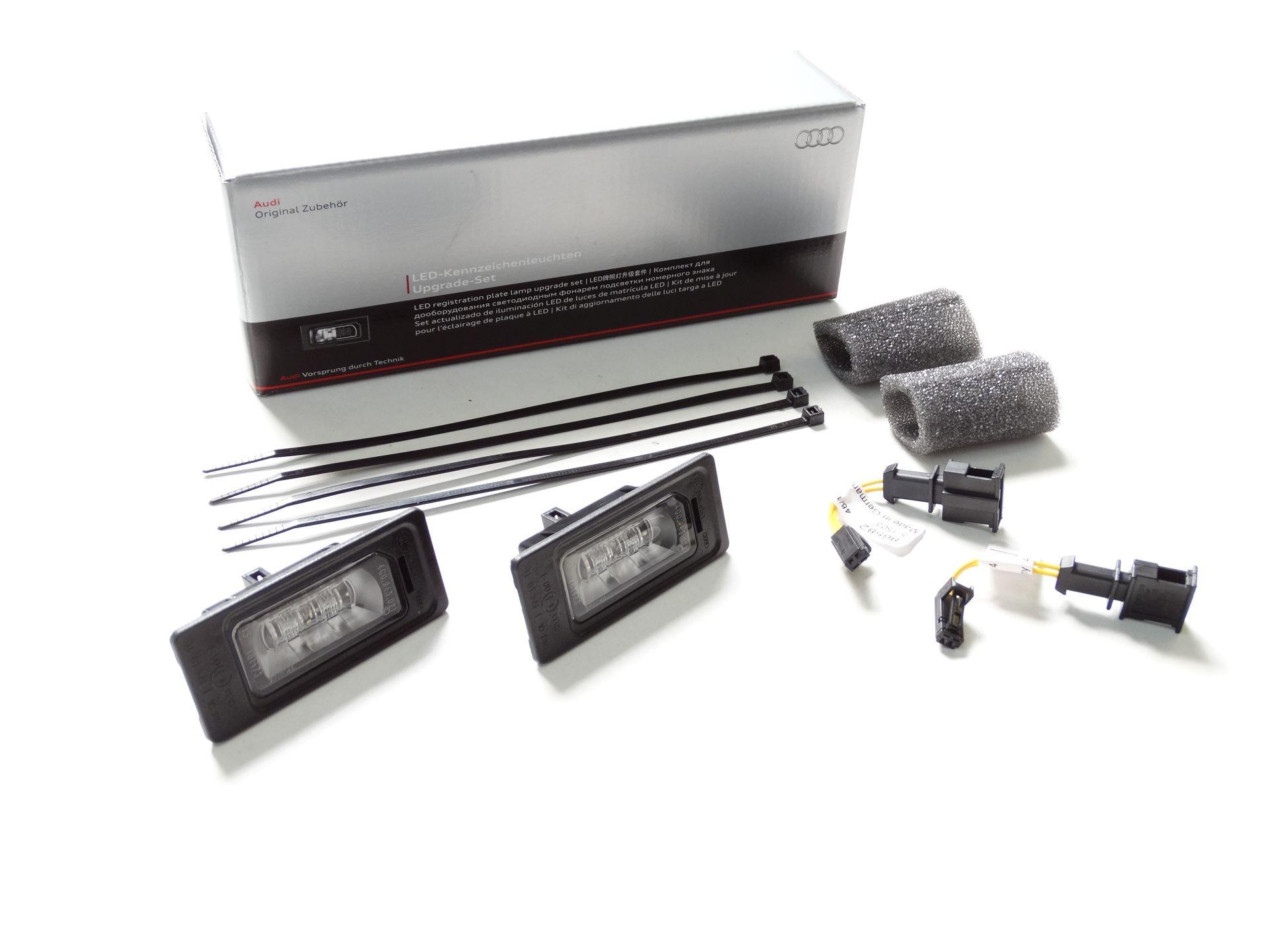 Audi 8K0052110 LED-Kennzeichenleuchten-Set