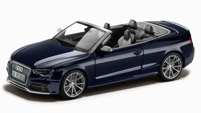 Audi RS 5 Cabrio Modellauto 1:43 Estorilblau