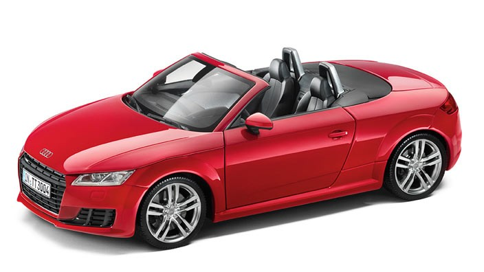 audi tt 8s roadster modellauto 1 18 tangorot. Black Bedroom Furniture Sets. Home Design Ideas