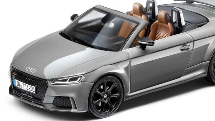 audi tt rs 8s roadster modellauto 1 43 nardograu iscale. Black Bedroom Furniture Sets. Home Design Ideas