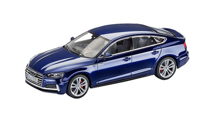 Audi S5 Sportback Modellauto 1:43 Navarrablau