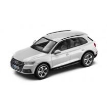 Audi Q5 Modellauto 1:43 Modell 2016 Ibisweiß