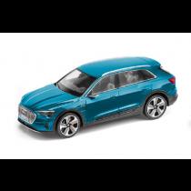 Audi e-tron Modellauto Miniatur 1:43 Antiguablau blau