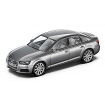 Audi A4 8W Limousine Modellauto 1:43 Modell 2015 Florettsilber