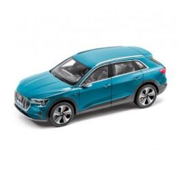 Audi e-tron Modellauto Miniatur 1:18 Norev Antiguablau
